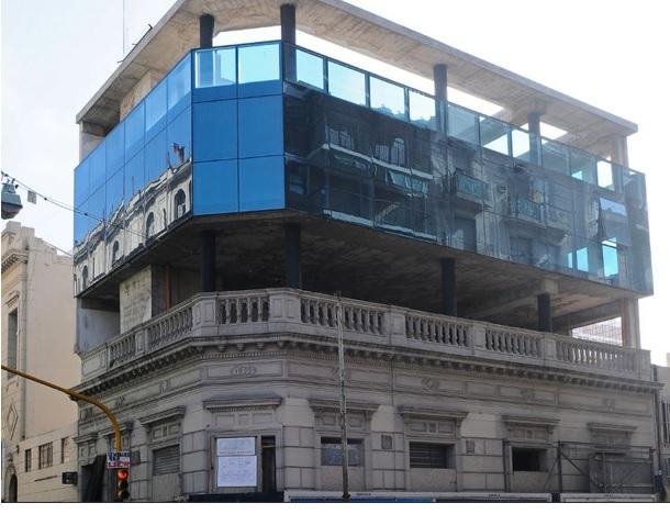 Edificio Pinchado 1